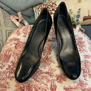 Circa Joan and David Black heels, 7.5M